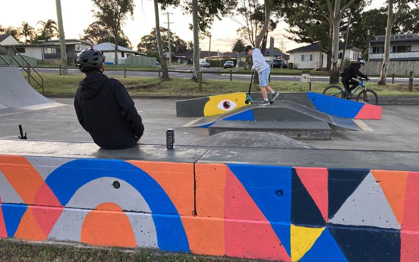 kids in skate park