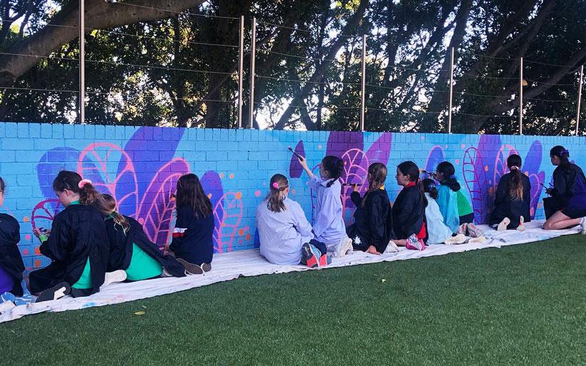 students mural workshop in Sydney